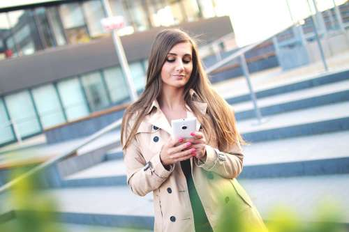 texting while walking injury lawyer
